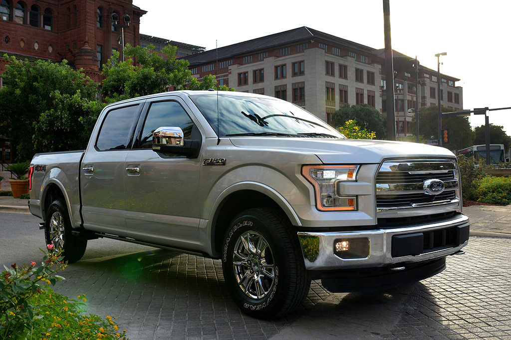2015 ford f150 vs ram 1500 review autos post. Black Bedroom Furniture Sets. Home Design Ideas